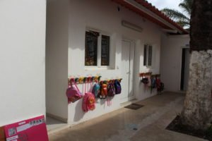 Salas da escola Trois Papillons Luanda - Estabelecimento de ensino francês