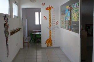 L'entrée du réfectoire de l'école Trois Papillons de Luanda