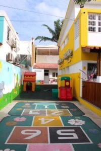 O recreio da escola Trois Papillons Luanda - Estabelecimento de ensino francês